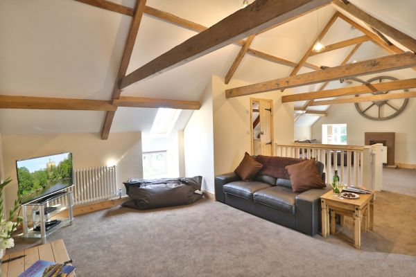 1 Coquet Lodge, Warkworth, upstairs lounge