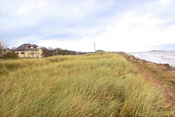 Beachcombers Retreat, beach views