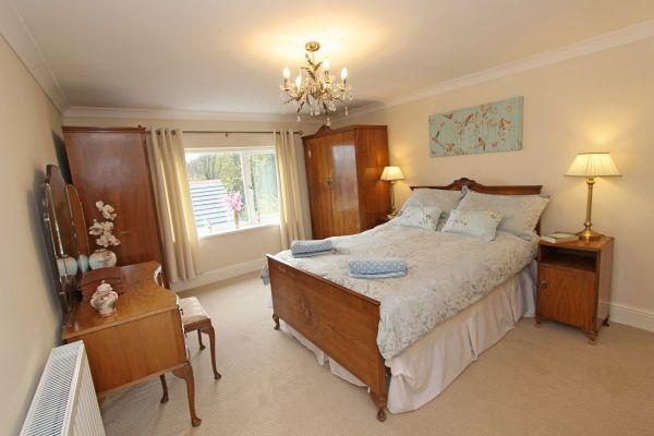 Beachcombers Retreat,master bedroom with ensuite