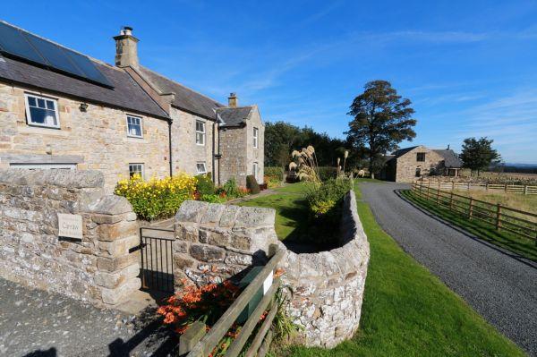 The Farmhouse and Lodge