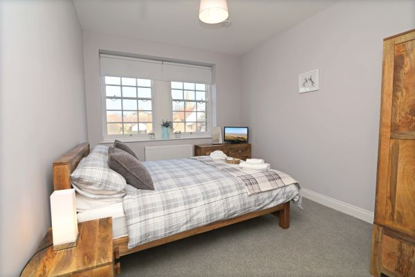 Charles Dickens House, Alnmouth - master bedroom
