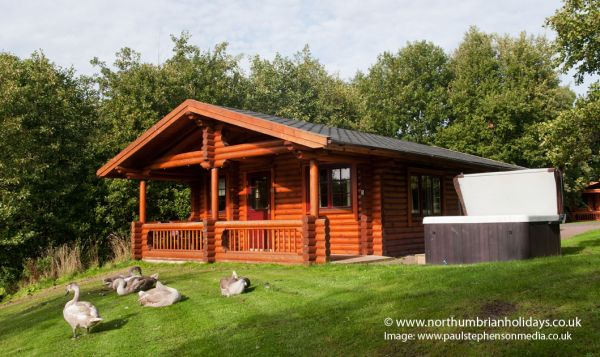 Bamburgh Luxury Log Cabin