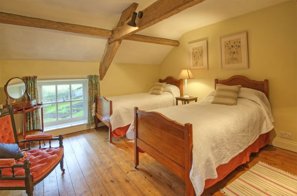 Coach House - Twin Bedroom