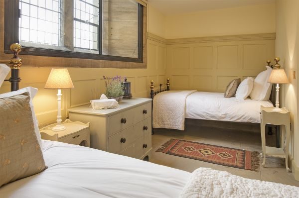 Old Church - Twin Bedroom
