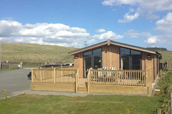 Luxury 6 berth lodge with hot tub