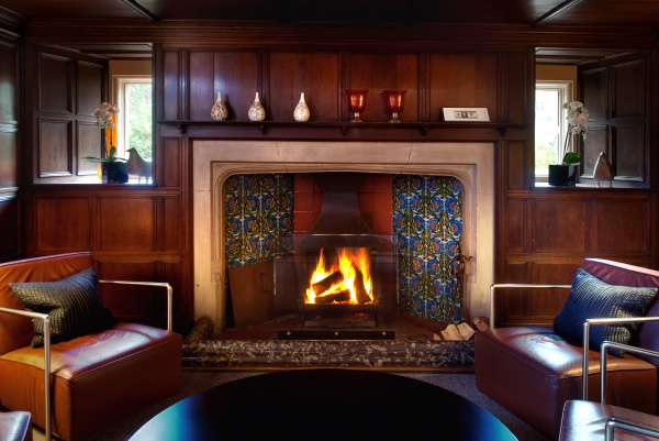 Fire is on in the Cocktail Bar