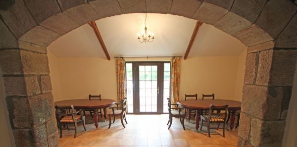 Keira's Cottage Dining