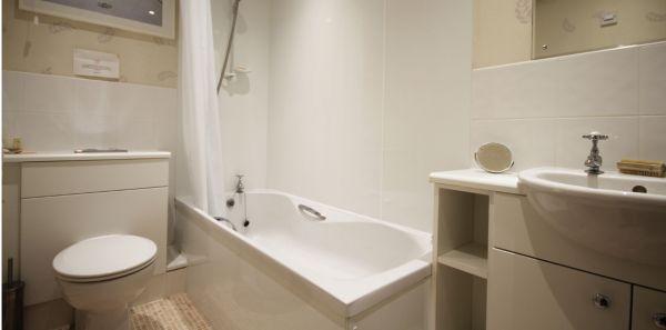 Kenstone Bathroom
