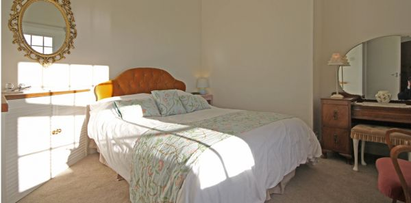 Kenstone Master bedroom