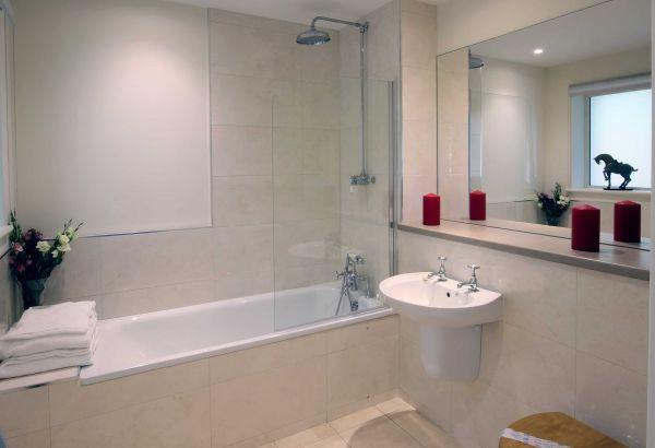 Lemmington Lodge Bathroom