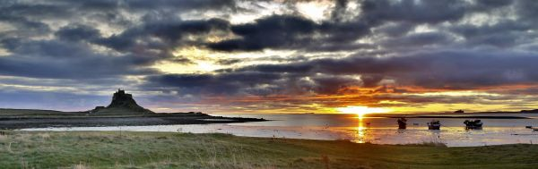 Lindisfarne Castle sunrise