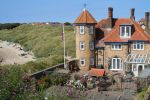 Beach Court is near holidaycottages.co.uk