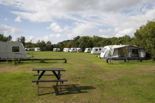 caravan pitches3