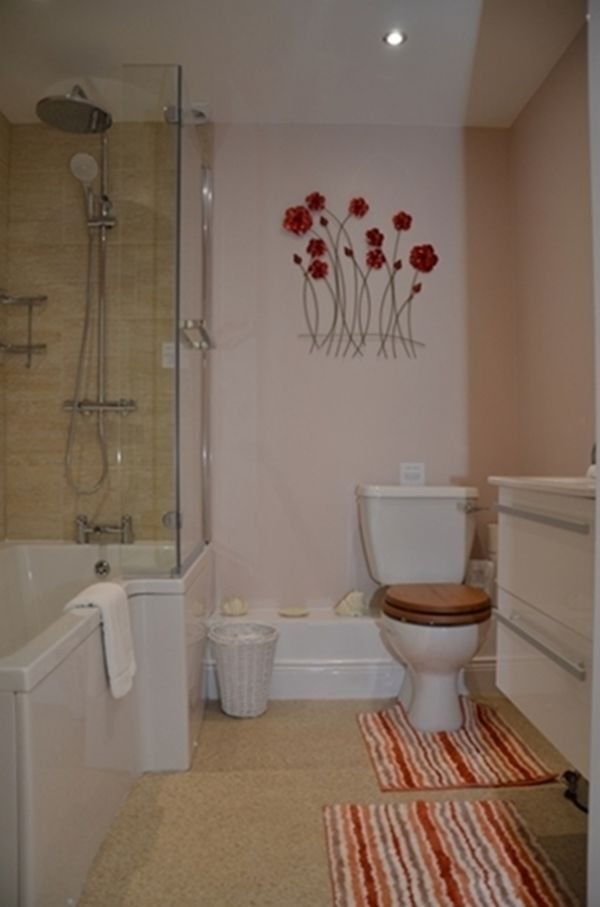 Rooms with a choice of Showers or baths