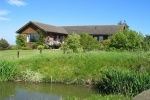 Exterior Viewfield bungalow is near Weddings at The Alnwick Garden