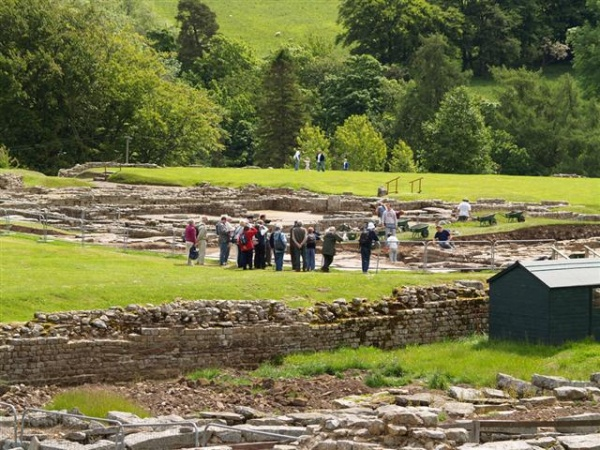 Vising Vindolanda is near Coachmans and Stable Cottages