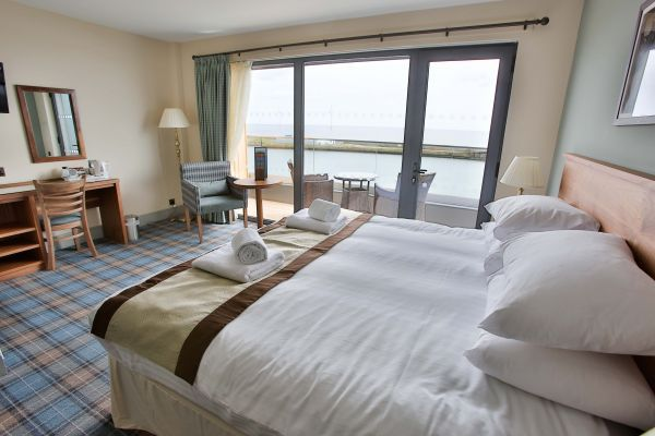 Win a luxury stay with unbeatable sea views!