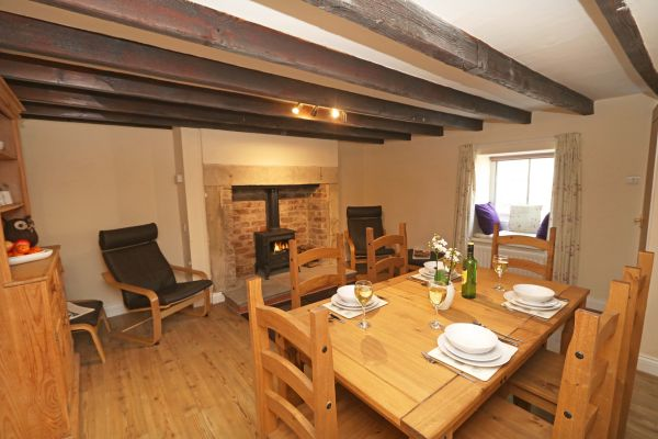 1 Coquet Lodge, Warkworth, lounge and dining area