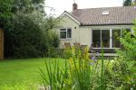 Alcedine Lodge is near Wilde Farm Market - Ponteland