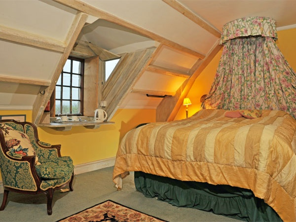 Dovecot Bedroom