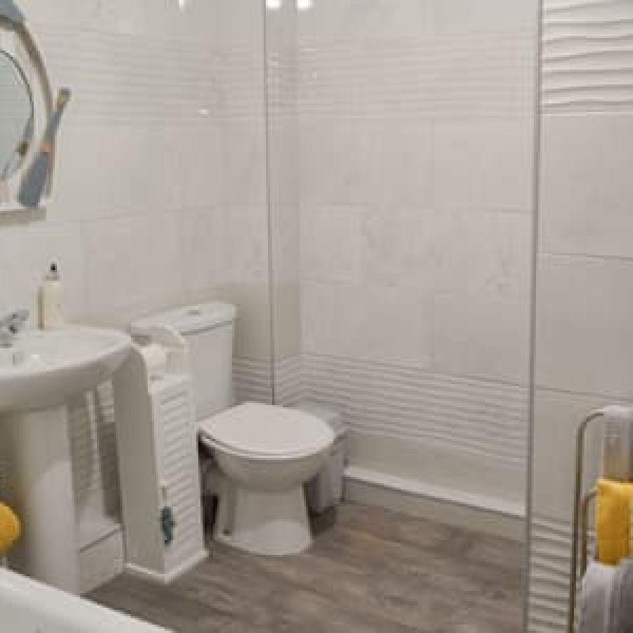 Anchors point bathroom