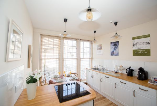Light and airy kitchen-diner