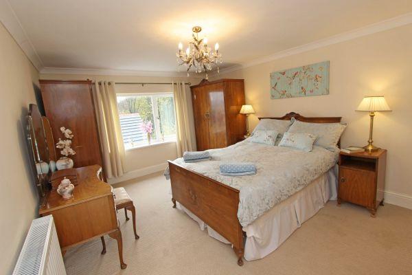 Beachcombers Retreat,master bedroom with ensuite