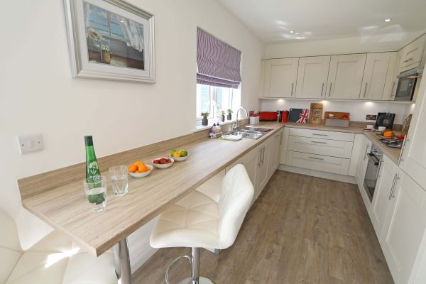 Beachy Point, Beadnell, modern fully-equipped kitchen