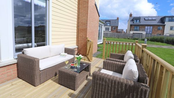 Beachy Point, Beadnell, outdoor seating area