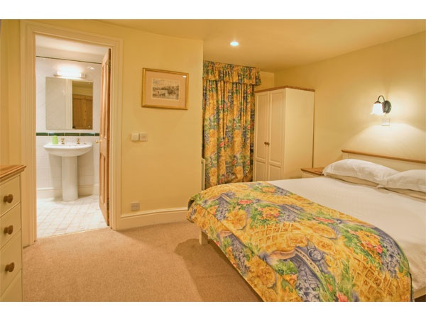 Ensuite Bedroom