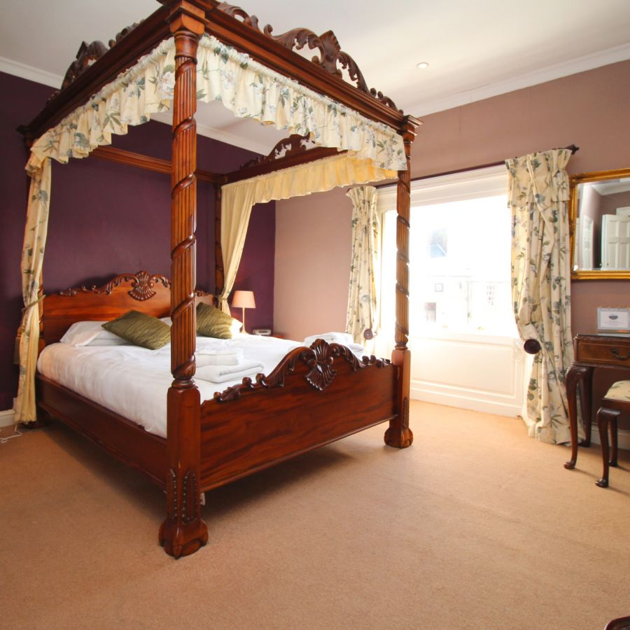 Four Poster Double