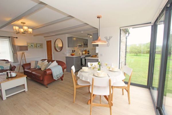 Bridge End Cottage, Rothbury, dining area with great views