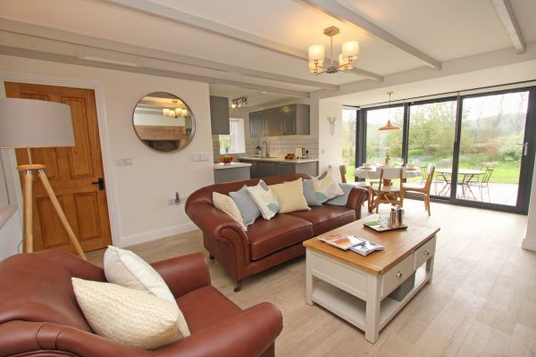 Bridge End Cottage, Rothbury, open plan living space