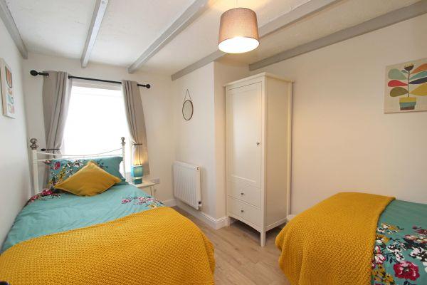 Bridge End Cottage, Rothbury, twin bedroom