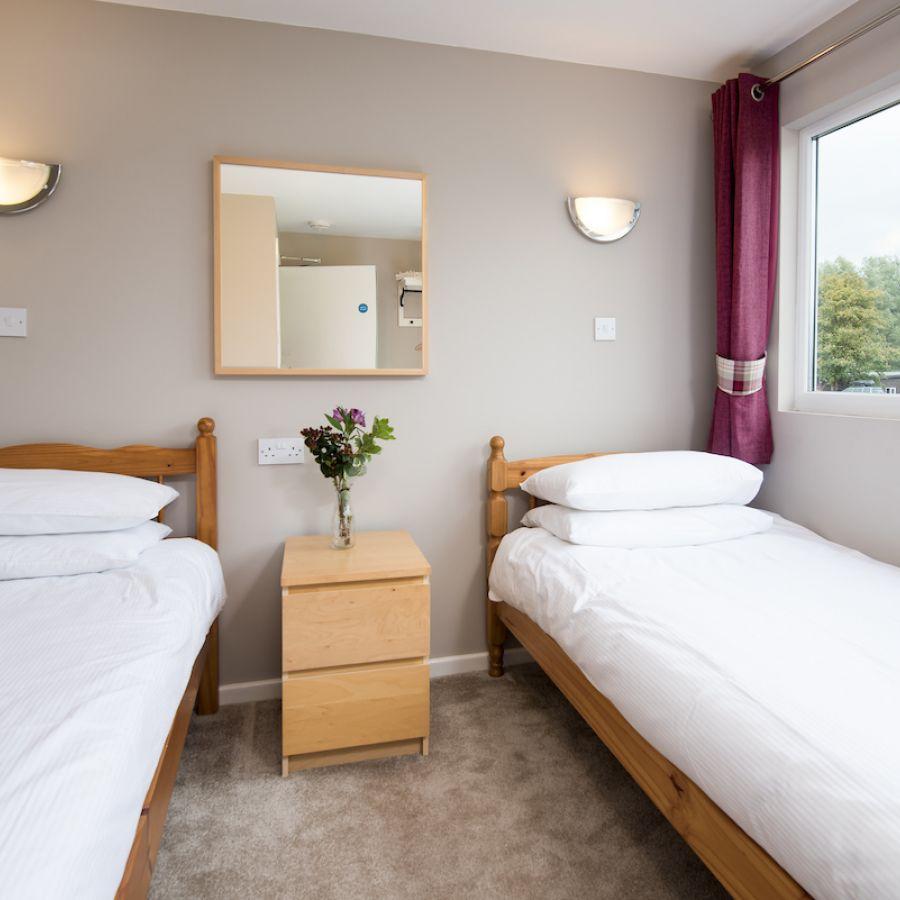 Twin bedroom in Pennine