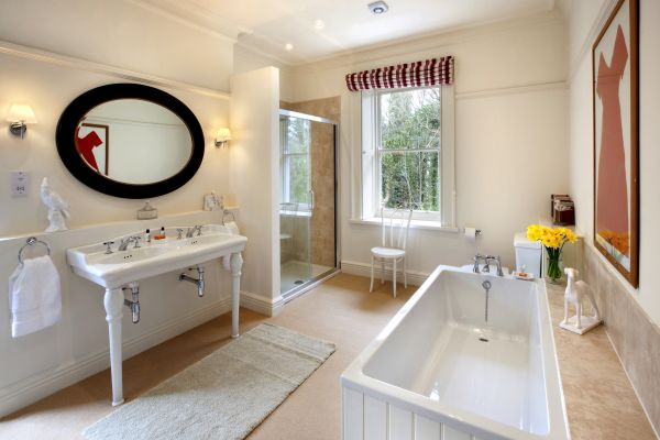 Brunton House Bathroom 1