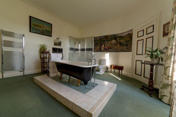 Blue Room (bathroom) - Budle Hall, Bamburgh, NE69 7AJ