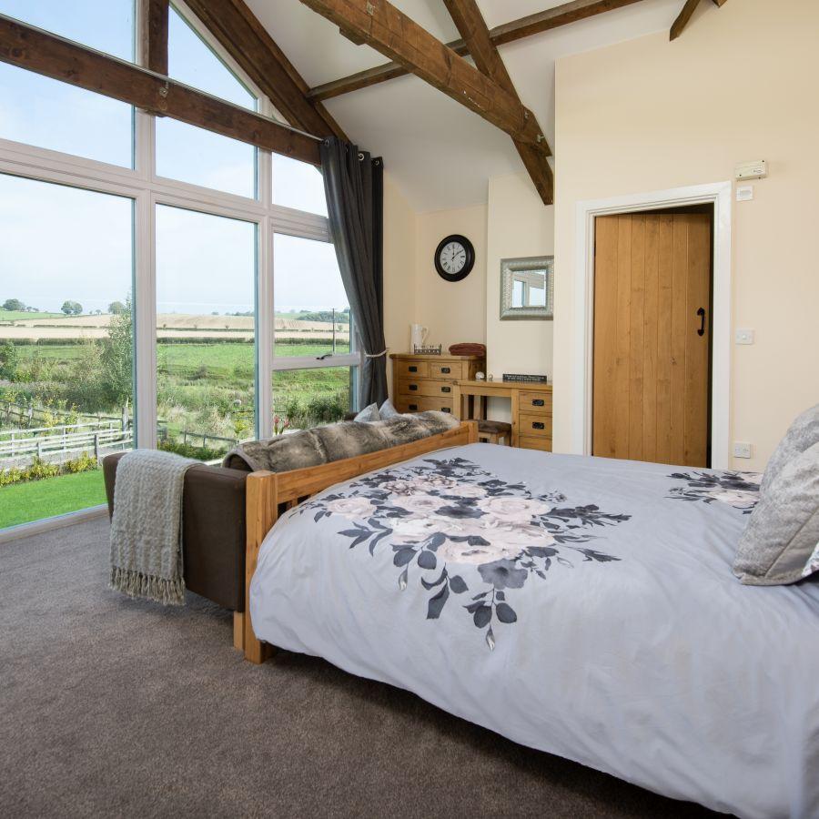 Cheviot View master bedroom