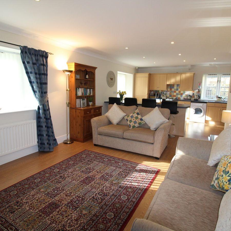 Buttermilk Cottage - Lounge/Kitchen/Dining area