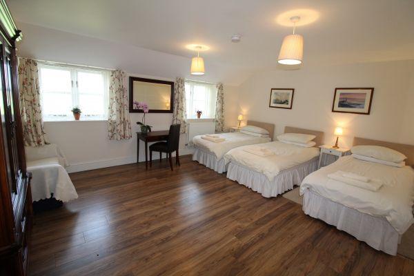 Briarhill Bedroom 3