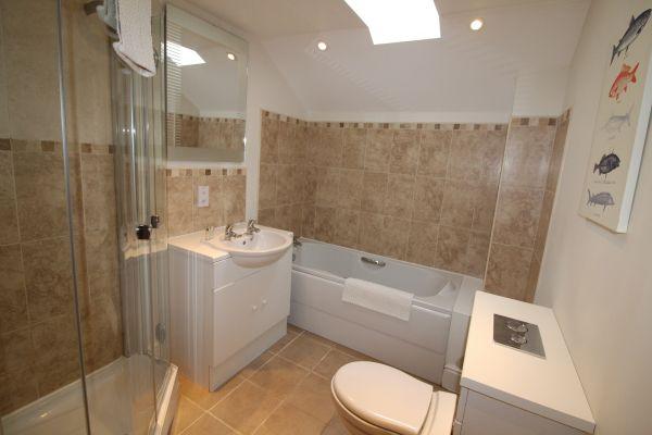 Briarhill Family Bathroom