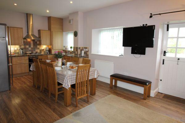 Briarhill House Kitchen/Lounge