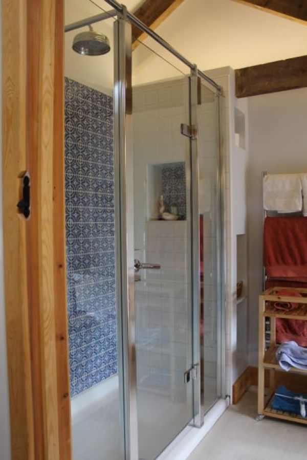 Shower West Room