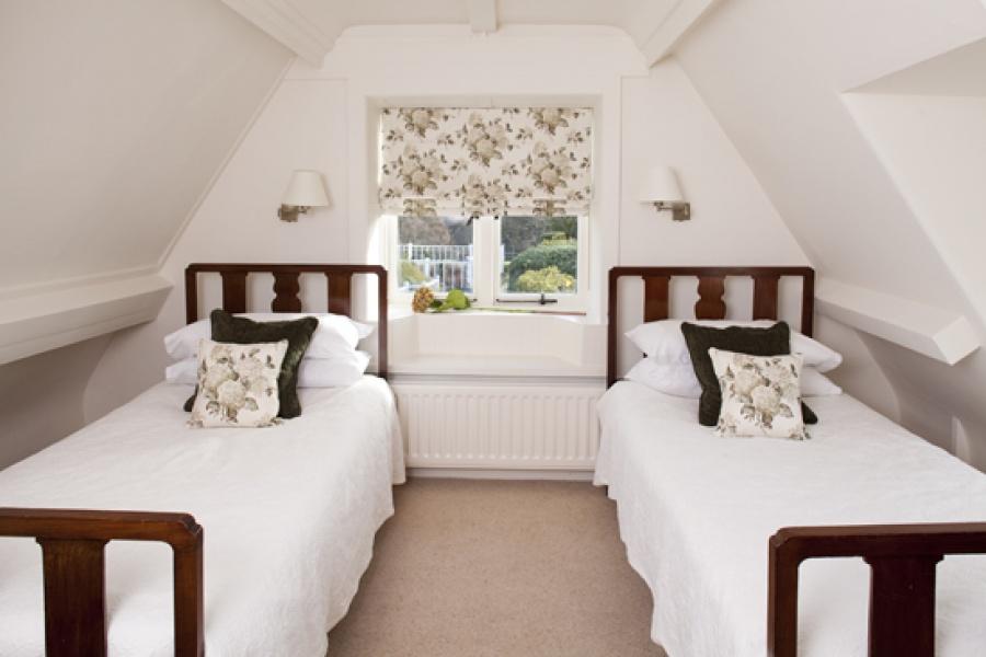 Garden Cottage twin bedroom 1