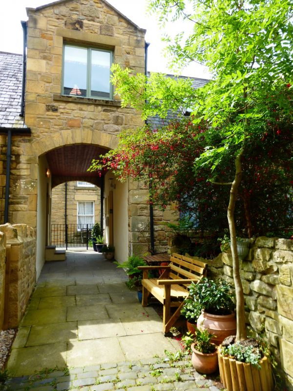 Dodds Nook, Alnwick is near Harry Potter Fun and History in One - Alnwick Weekly Tour