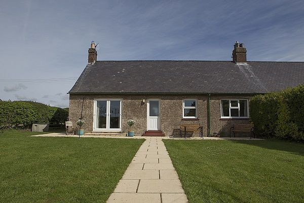 Crabapple Cottage is near The Bamburgh Run