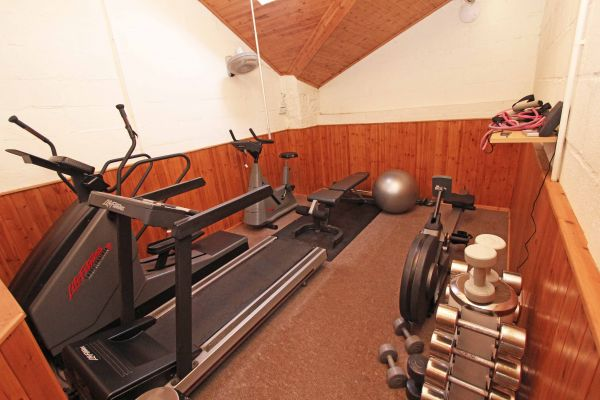Ferguson Cottage, gym for guest use
