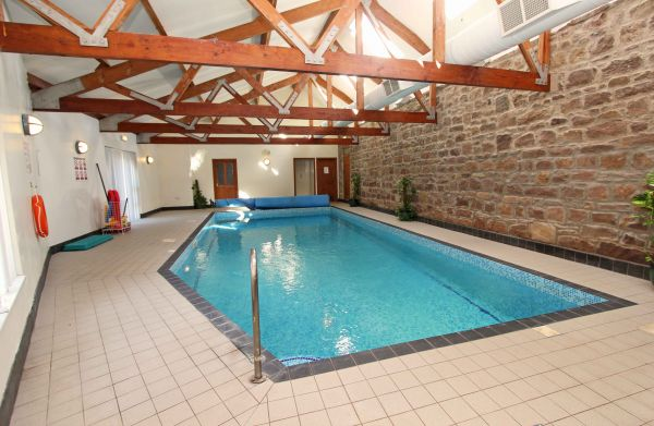Ferguson Cottage, swimming pool