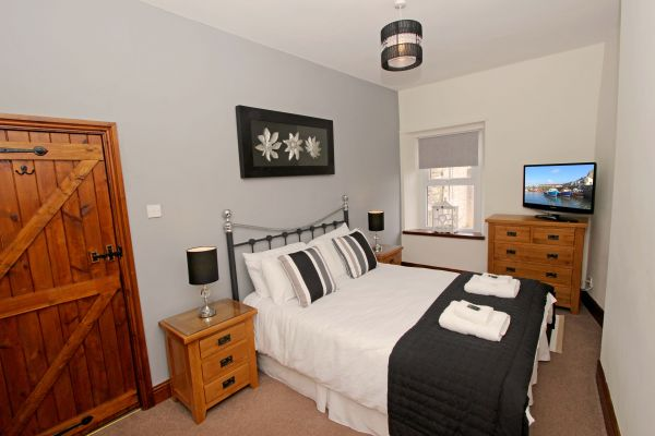 Gable Cottage, Seahouses, master bedroom with flat screen TV