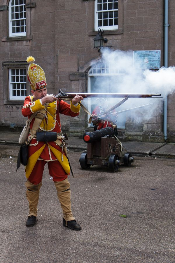 Hands on History: How To Be a Redcoat